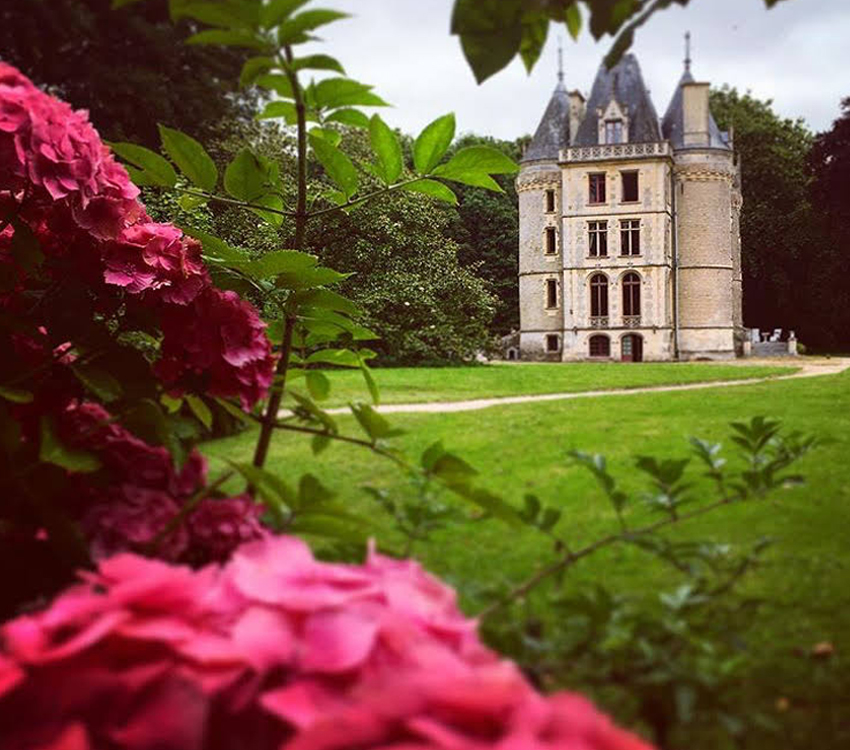 castle_normandy_stay_work_digital_nomad_remote_work_hospitality_06